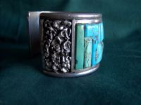 Lg Turquoise cuff w/ S/S nuggets